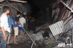 Cháy chợ lớn nhất huyện miền núi Hà Tĩnh: Hơn 130 ki ốt bị thiêu rụi hoàn toàn.