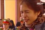 Xe Camry đâm chết 3 người trên phố Ái Mộ: Mẹ bé 9 tuổi bật khóc xin giảm án cho tài xế