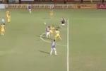 Video: Quang Hải chuyền bóng điệu nghệ bằng vai kiểu Ronaldo