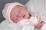 Sai lầm chết người khi chăm sóc trẻ sinh non