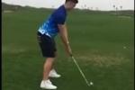 Video: Đặng Văn Lâm tạo dáng đánh golf cực hài
