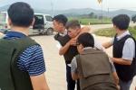 Hàng trăm cảnh sát vây ráp, toàn bộ nhóm người ôm súng cố thủ trong xe bị khống chế