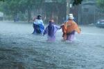 Quảng Bình ngập nặng, 5 người chết và mất tích