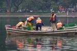 Video: Quây lưới nhốt thiên nga đề phòng bắt trộm, ném đá