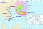 Siêu bão Yutu áp sát Biển Đông, gây mưa, gió giật cấp 15