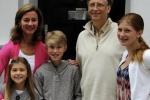 Tỷ phú Bill Gates cấm con sử dụng điện thoại di động trước 14 tuổi