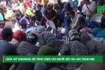 Video: Dân đói khát hôi của, cảnh sát Indonesia nổ súng cảnh cáo
