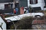Lật xe buýt trên đảo du lịch Bồ Đào Nha, gần 60 người thương vong