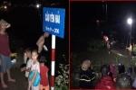 Phóng tốc độ cao, xe máy chở 4 thanh niên lao thẳng xuống sông