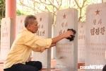 Nguoi thuong binh hon 20 nam cham soc nghia trang liet si Trieu Tien o Bac Giang: 'Toi se lam den khi con co the' hinh anh 2