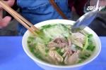 Vì sao bữa sáng của người Hà Nội đắt đỏ nhất thế giới?