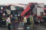 Hiện trường xe khách, xe cứu hỏa đâm nhau trên cao tốc Pháp Vân - Cầu Giẽ