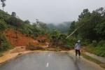 Phó Thủ tướng: Theo dõi chặt chẽ tình hình mưa lũ, chủ động ứng phó kịp thời