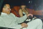 Jennifer Lopez mặc trễ nải đi hẹn hò với bạn trai