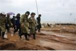 Bão số 12 áp sát đất liền: Phó Thủ tướng vào Nam Trung Bộ chỉ đạo ứng phó