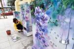 Bốt điện ở Hà Nội vốn nhem nhuốc bỗng hóa 'rừng hoa' đẹp ngỡ ngàng