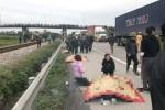 Xe tải lao vào đoàn người viếng nghĩa trang liệt sỹ, 8 người chết ở Hải Dương