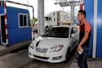Sau BOT Cai Lậy, tài xế tiếp tục trả tiền lẻ qua trạm BOT ở Khánh Hòa