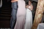 Chụp ảnh cưới nhưng toàn chụp mông và ngực phù dâu, nhiếp ảnh gia bị kiện