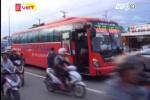 Clip: Xe khách bị chặn đầu, đập phá, hàng chục hành khách hoảng loạn