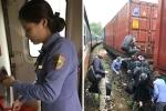 Sạt lở vùi lấp đường sắt, đoàn tàu SE3 chở hàng nghìn hành khách kẹt trên đỉnh đèo Hải Vân