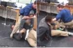 Thầy giáo dùng tuyệt kỹ võ tự do, ngăn 2 nam sinh ẩu đả