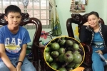 Cô giáo rưng rưng trước món quà bất ngờ của cậu học trò lớp 1 ngày Nhà giáo Việt Nam 20/11