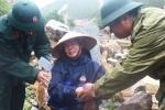 Chồng bị lũ cuốn đi trước mặt vợ ở Lai Châu: 'Bao giờ mới tìm được chồng cháu các bác ơi?'