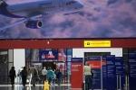 Máy bay Nga phải hạ cánh khẩn cấp vì chó xổng chuồng
