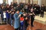 Bộ trưởng Bộ Y tế từ biệt bé gái 7 tuổi hiến giác mạc
