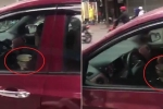 Clip: Nữ tài xế vừa lái ô tô, vừa ăn bún
