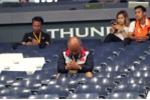 HLV Park Hang Seo bần thần, thở dài suốt buổi khi thua trận