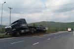 Trong 1 giờ đồng hồ, 3 vụ lật xe liên tiếp xảy ra ở Huế