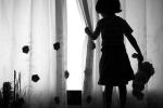 Bé gái 8 tuổi bị 'yêu râu xanh' gần 50 tuổi xâm hại