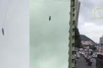 Video: Quỵt tiền khách sạn, người đàn ông đu dây điện cao thế bỏ trốn từ tầng 19