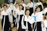 Ảnh: Đội cổ vũ xinh đẹp hút hồn của thể thao Triều Tiên