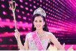 Hoa hậu 18 tuổi Trần Tiểu Vy: 'Ai chê học kém, tôi để ngoài tai'
