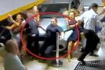 Nữ tài xế lao ôtô vào đám đông trong bãi đỗ xe, cán chết 2 người