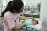 Bé gái mắc căn bệnh hiếm gặp, lần đầu tiên xuất hiện tại Việt Nam