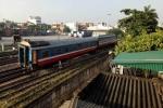 Tàu hỏa lại trật bánh ở Hà Nội, 2 toa rời khỏi đường ray