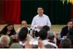 Chủ tịch Hà Nội kết thúc 2 giờ đối thoại, người dân Đồng Tâm đứng dậy vỗ tay