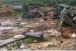Xót xa những hình ảnh tan hoang sau lũ quét ở Kon Tum