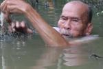 Video: Lão nông 82 tuổi từng bắn rơi 7 máy bay Mỹ kể chuyện 'vừa chạy vừa đánh'