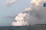 Clip: 'Bom nham thạch' rơi trúng, xuyên thủng mái tàu du lịch trên biển