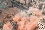 Xem 2,5 tấn thuốc nổ 'thổi bay' hơn 36 tòa cao ốc trong 20 giây