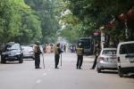 Video: Gần 100 cảnh sát bao vây kẻ mang hàng nóng tử thủ ở Nghệ An
