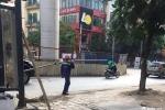 Thanh sắt dài 3m rơi từ công trường đường sắt trên cao Nhổn - Ga Hà Nội