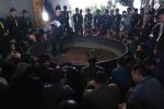 Hơn 100 cảnh sát đột kích sới gà, bắt 52 người ở Điện Biên