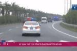 Video Trực tiếp: Siêu xe 'Quái thú' của Tổng thống Trump tới Nội Bài
