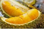 Cách chọn quả bơ, sầu, chuối, cam... an toàn không chứa hóa chất